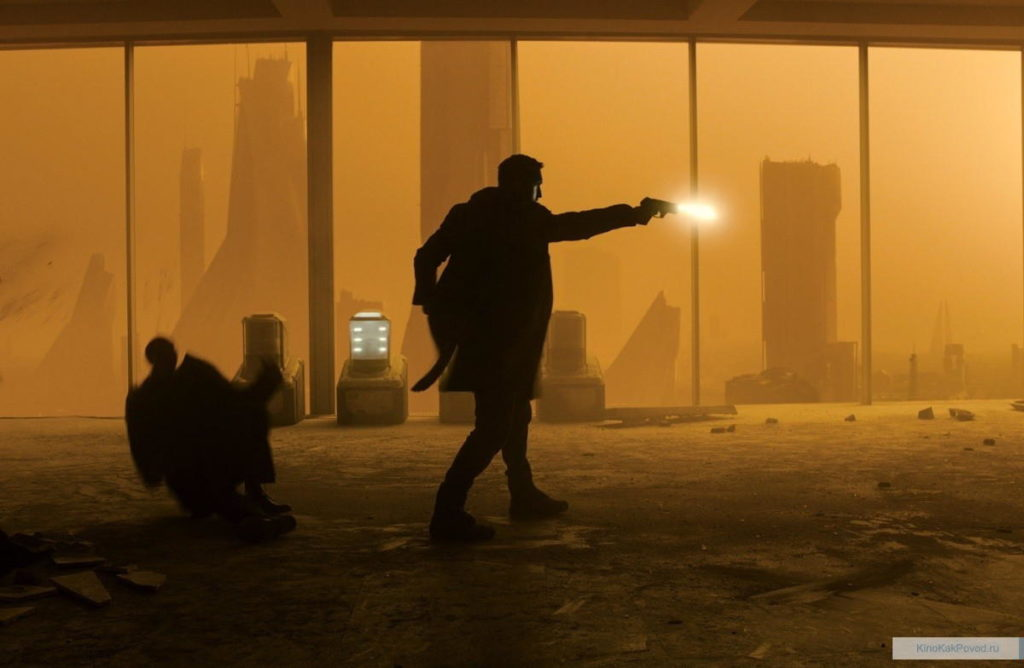 «Бегущий по лезвию 2049» - «Blade Runner 2049»  (реж. Дени Вильнёв, 2017) - фильм (фото, кадр)