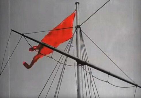 красный флаг из фильма Сергея Эйзенштейна «Броненосец Потемкин»