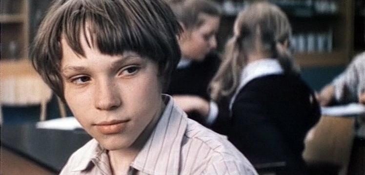 «Не болит голова у дятла» (в гл.р. Александр Жезляев, реж. Динара Асанова, 1974) - фильм (фото, кадр)