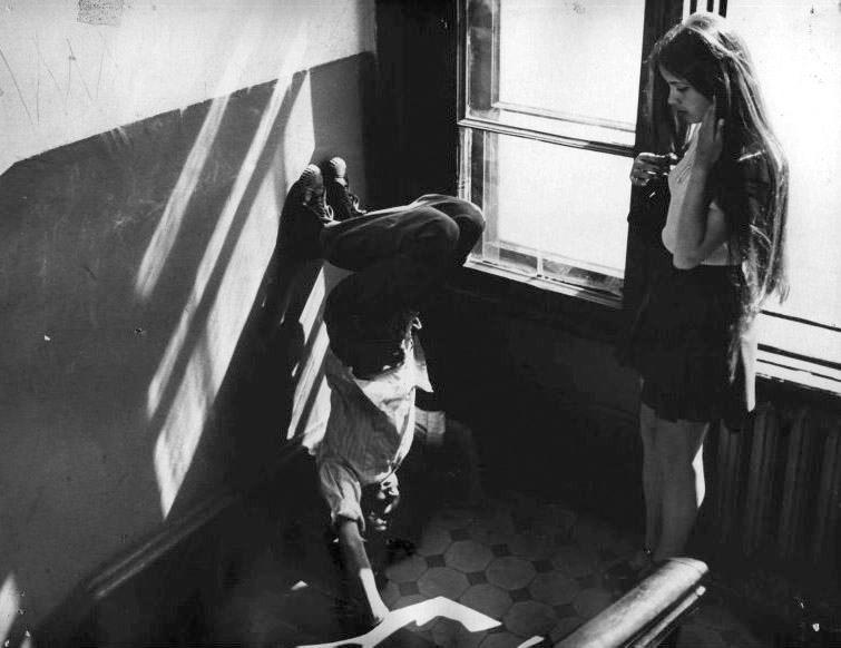 «Не болит голова у дятла» (в гл.р. Елена Цыплакова, Александр Жезляев, реж. Динара Асанова, 1974) - фильм (фото, кадр)