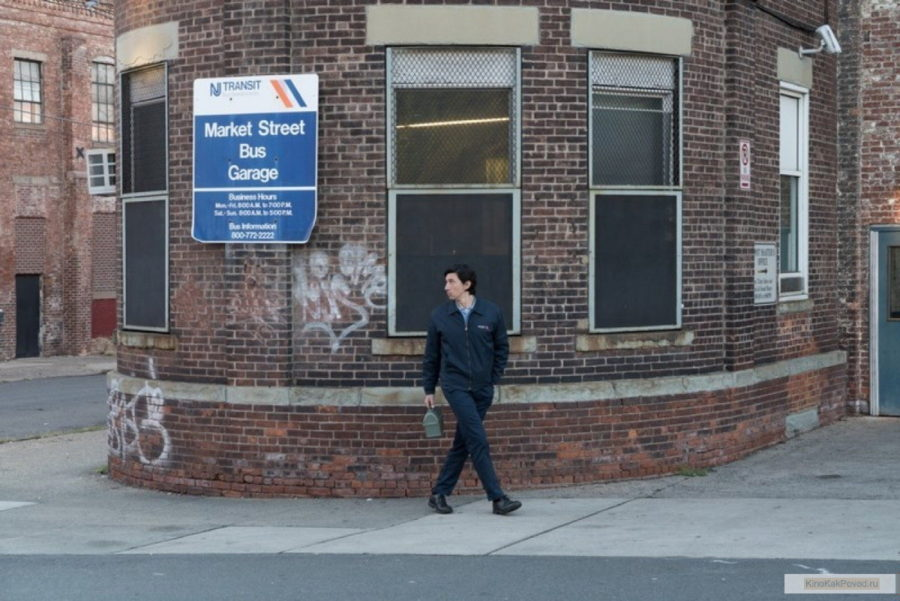 «Патерсон» - «Paterson»  (реж. Джим Джармуш, в гл.р. Адам Драйвер, 2016) - фильм (фото, кадр)