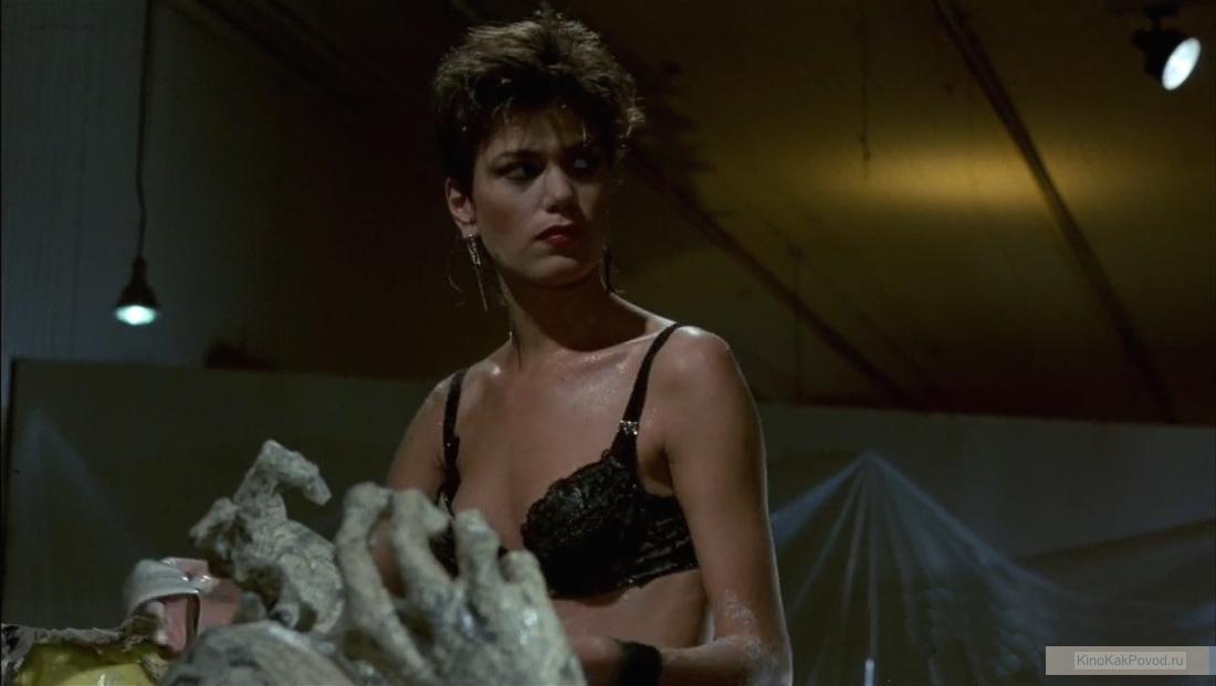 «После работы» - «After Hours»  (реж. Мартин Скорсезе, 1985) - Линда Фиорентино - фильм (фото, кадр)