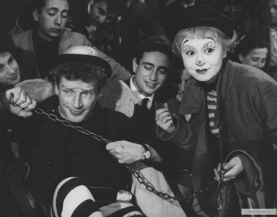 «Дорога» - «La strada» (реж. Федерико Феллини, 1954) - Джульетта Мазина, Ричард Бейсхарт - фильм (фото, кадр)