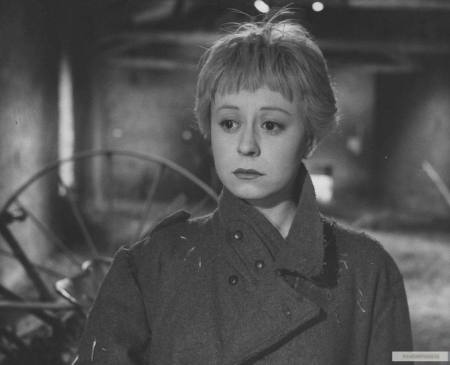 «Дорога» - «La strada» (реж. Федерико Феллини, 1954) - Джульетта Мазина - фильм (фото, кадр)