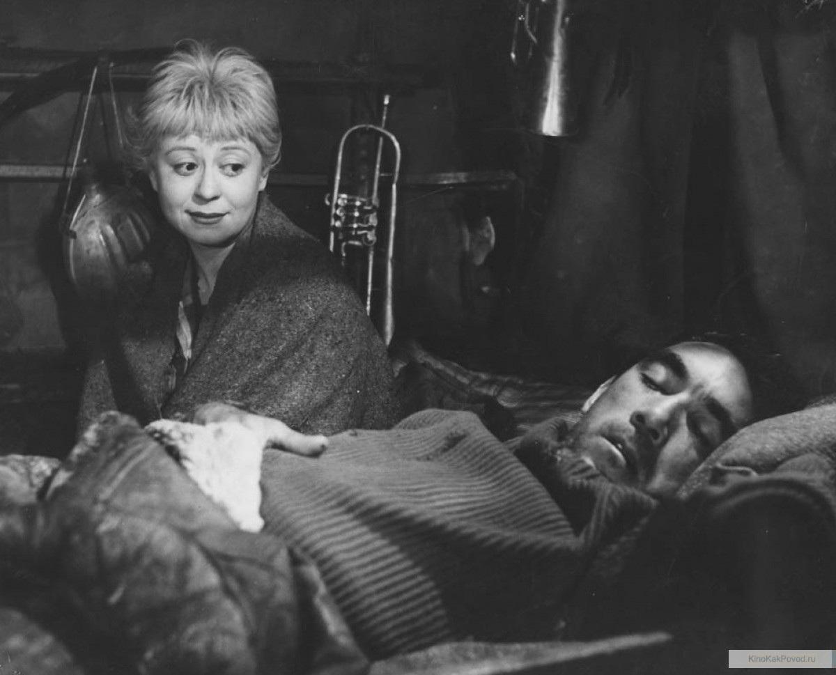 «Дорога» - «La strada» (реж. Федерико Феллини, 1954) - Джульетта Мазина, Энтони Куинн - фильм (фото, кадр)