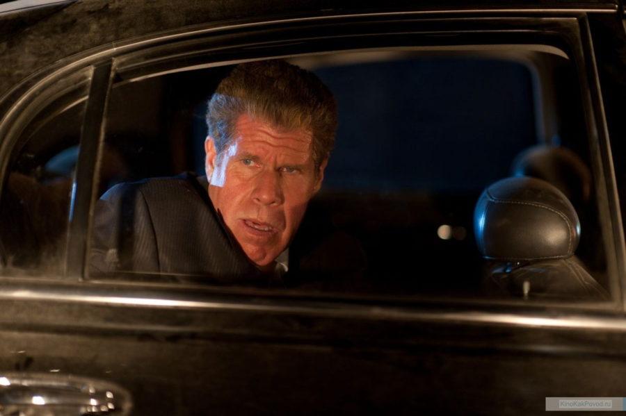 «Драйв» - «Drive»  (реж. Николас Виндинг Рефн, 2011) -  Рон Перлман - фильм (фото, кадр)