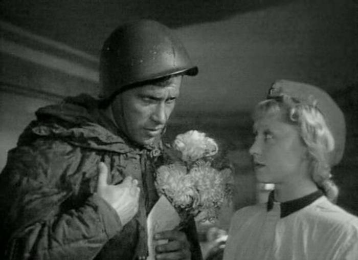 «Два бойца» (реж. Леонид Луков, 1943) - Марк Бернес, Янина Жеймо - фильм (фото, кадр)