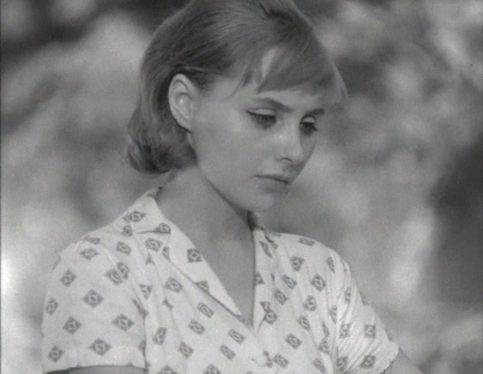 «Нежность» (реж. Эльёр Ишмухамедов, 1966) - в гл.р. Мария Стерникова - фильм (фото, кадр)