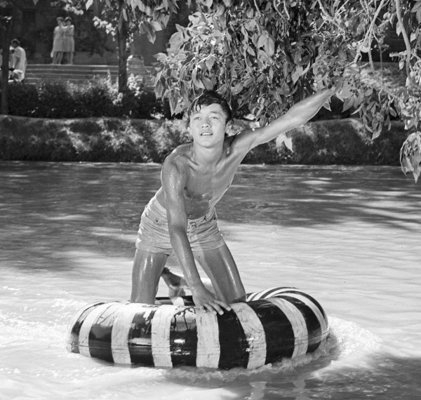 «Нежность» (реж. Эльёр Ишмухамедов, 1966) - фильм (фото, кадр)